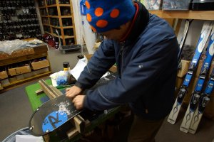 Our ski and snowboard experts will get all your equipment set up so you don't have to fuss with it.